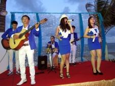 cho-thue-ban-nhac-flamenco-Tumbadora-Alma-Oasis-Long-Hai-Resort-003