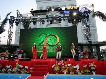 cho-thue-ban-nhac-flamenco-Tumbadora-Can-Tho-Nesta-Hotel-001