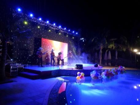 cho-thue-ban-nhac-flamenco-Tumbadora-Mui-Ne-Lotus-Resort-006