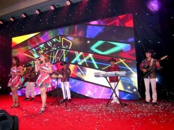 cho-thue-ban-nhac-flamenco-Tumbadora-Mui-Ne-Sea-Links-City-Resort-001