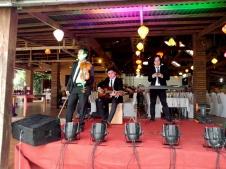 cho-thue-ban-nhac-flamenco-Tumbadora-Phu-Quoc-Chez-Carole-Resort-001