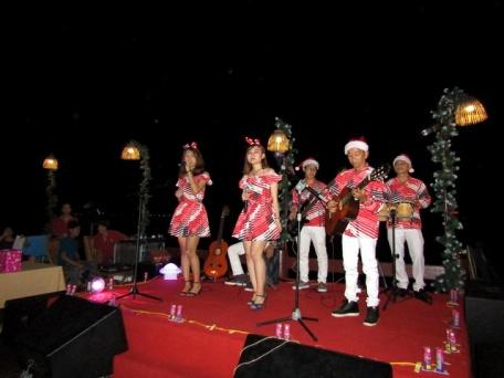 cho-thue-ban-nhac-flamenco-Tumbadora-Phu-Quoc-Sea-Sense-Resort-001
