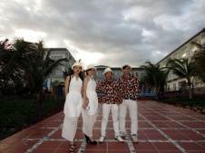 cho-thue-ban-nhac-flamenco-Tumbadora-Tropical-Ke-Ga-Resort-001
