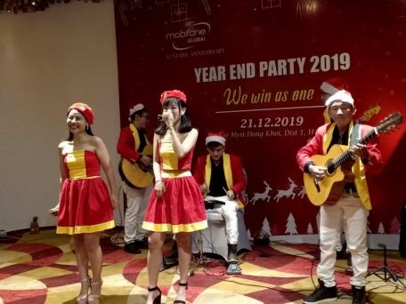 Flamenco Tumbadora Band Mobifone Year End Party 001