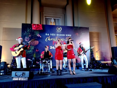 Flamenco Tumbadora Band TSN Hotel PavilionChristmas Party 001