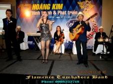 Ban-Nhac-Flamenco-Tumbadora-01-12-2013-12th-Gonden-Vet-Anniversary-New-World-Hotel