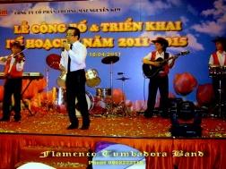 Ban-Nhac-Flamenco-Tumbadora-16-04-2011-New-World-Hotel-Nguyen-Kim-Anniversary