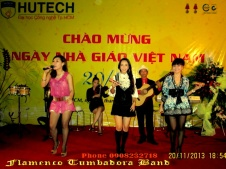 Ban-Nhac-Flamenco-Tumbadora-20-11-2013-Dai-Hoc-Hutech-CT-Ca-Nhac-Chao-Mung-Ngay-Nha-Giao-VN