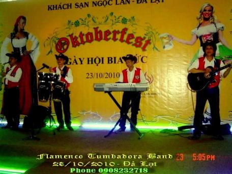 Ban-Nhac-Flamenco-Tumbadora-23-10-2010-Ngoc-Lan-Da-Lat-Hotel