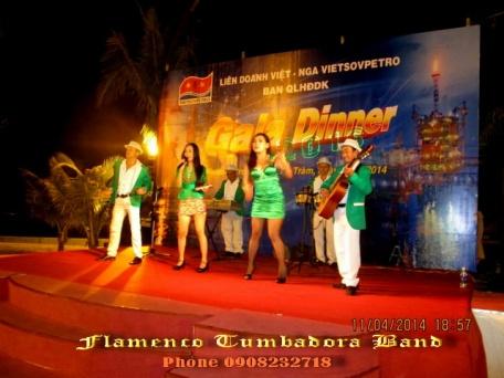 Flamenco-Tumbadora-Band-11-04-2014-Vietsovpetro-Ho-Tram-Resort-Lien-Doanh-Viet-Nga-Gala-Dinner