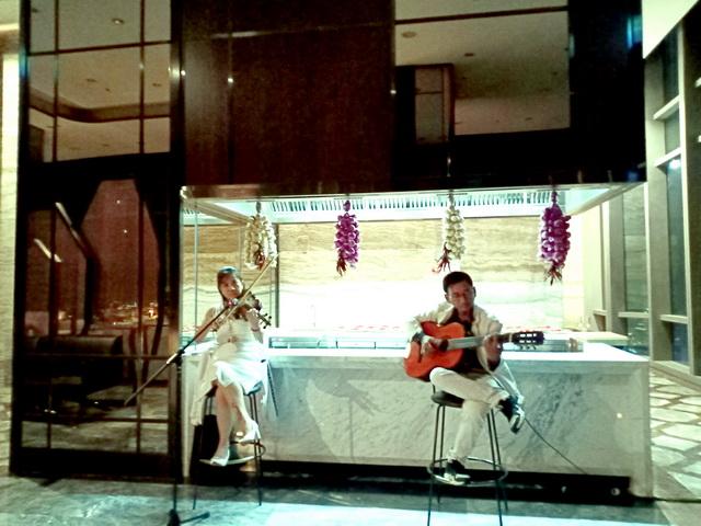 Flamenco -Tumbadora- Land-Mark-81- Luxury-Vinpearl -Hotel-Valentine-day-2020-004