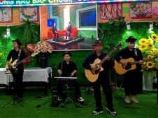 Khai-Truong-Nha-Hang-Hai-San-Minh-Tam-Tumbadora-Band-003
