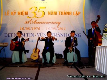 Tumbadora-Semi-Classic-Band-16-08-2011-Det-Thanh-Cong-35th-Anniversary