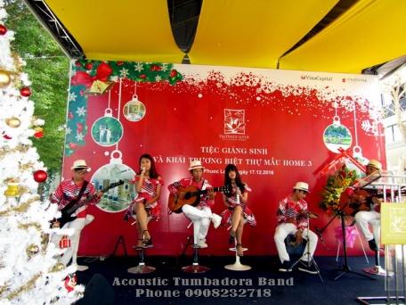 Ban-Nhac-Flamenco-Tumbadora-17-12-2016-Khai-Truong-Biet-Thu-Mau-Lotus-Dai-Phuoc