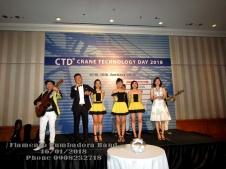 Ban-Nhac-Flamenco-Tumbadora-CTD-Crane-Technology-Gala-Diner-Caravell-Sg-Hotel