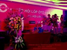 Ban-Nhac-Flamenco-Tumbadora-Lop-Oto-Viet-Gala-Dinner-Muong-Thanh-Mui-Ne-Hotel