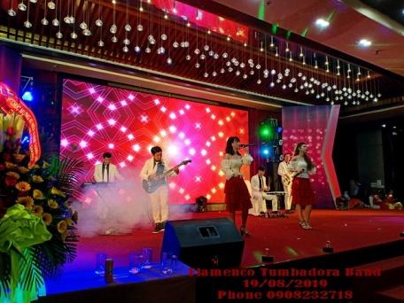Ban-Nhac-Flamenco-Tumbadora-Sinh-Nhat-10th-Nha-May-Bong-Den-Phich-Nuoc-Rang-Dong-Tien-Giang