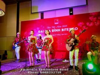Ban-Nhac-Flamenco-Tumbadora-Tat-Nien-Bitexco-Novotel-Sg-Hotel