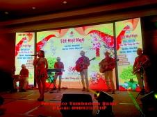 Ban-Nhac-Flamenco-Tumbadora-Tat-Nien-Nhan-Loc-Vivco-Group-New-World-Sg-hotel