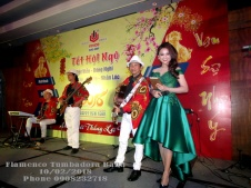 Ban-Nhac-Flamenco-Tumbadora-Tat-Nien-Vivco-Group-New-World-Sg-Hotel