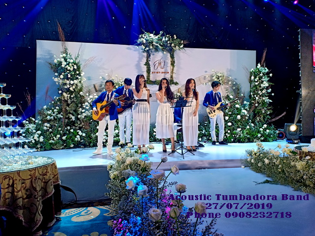 Ban-Nhac-Flamenco-Tumbadora-Tiec-Cuoi-TTTM-Time-Square-Sg
